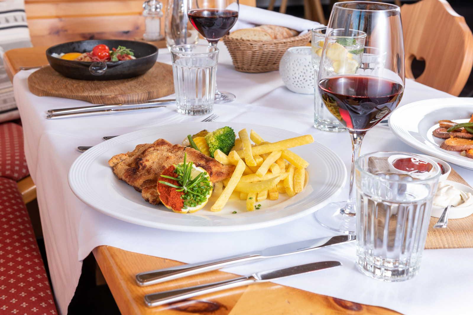 znacht abendessen restaurant suvretta st. morit